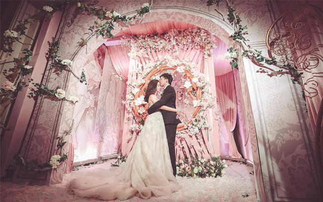 粉色宫廷婚礼 《月桂女神》