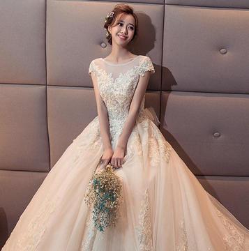 【特惠】3件套婚纱租赁全款送免费伴娘服租赁