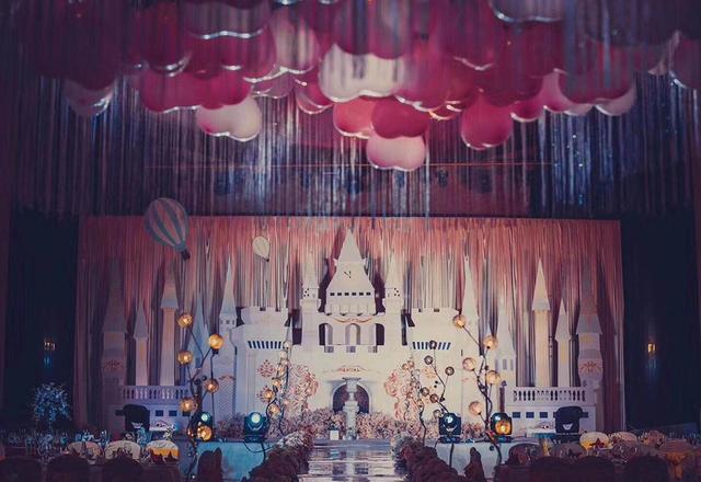 【忆江南】《浪漫气球》主题婚礼定制
