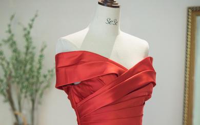 大码新娘系列红色超显瘦显气质长款礼服