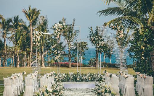 【三亚薇婷】白绿+香槟色 简约户外草坪婚礼