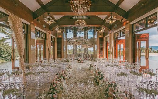 三亚海边教堂婚礼   香槟暖色系复古欧式