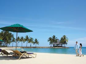 马来西亚沙巴亚庇沙滩婚纱照