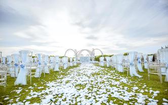 三亚草坪婚礼 | 60人内纯布置小型婚礼《巢》