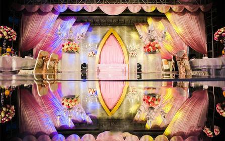迎新年特价套餐    精致浪漫的粉色系婚礼
