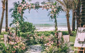 海边草坪婚礼童话色系微婚礼 花艺森系 甜美齁出来