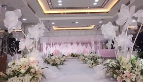 范缇思泊宁酒店粉色浪漫梦幻公主少女风城堡布置