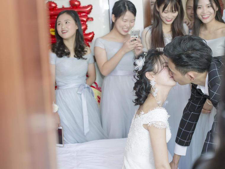 和平鸽印象-婚礼跟拍--年底特惠!