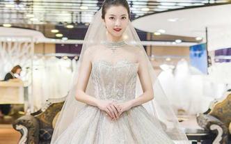 【小木造型】资深化妆师全天跟妆+婚纱套餐+亲友妆