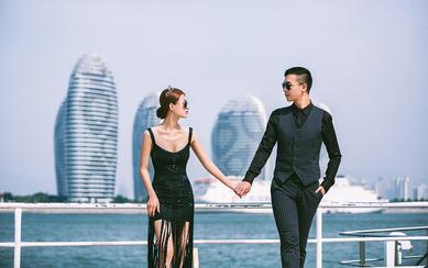 穿上婚纱去旅行,坐上游艇去出海!哈哈...