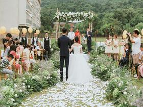 【紫清湖假日酒店】南希婚礼作品 户外鲜花仪式婚礼