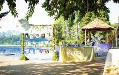 爱典礼 |  户外湖畔婚礼——所谓伊人,在水一方