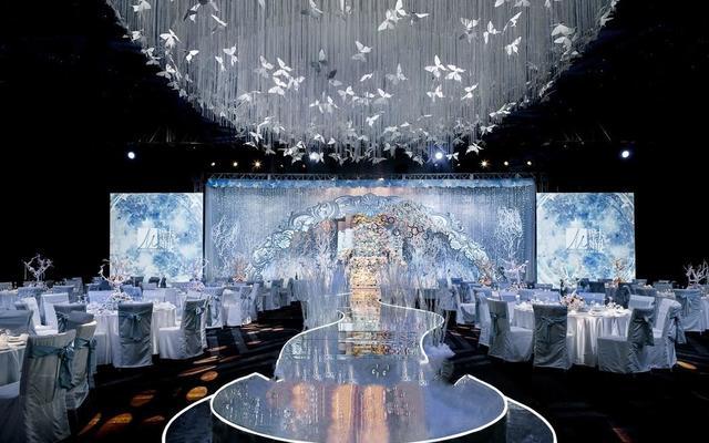铂悦婚礼— 冰雪里的精灵 银白色冰雪主题婚礼