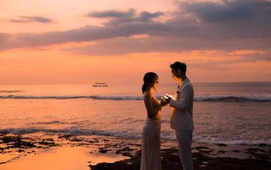 爱旅拍巴厘岛•原创作品•巴厘海滩礁海铭心