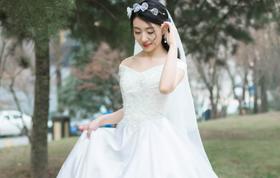 【乐熙】2018系列大拖尾婚纱3件套餐 送纪念纱