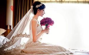 资深化妆师全程跟妆3妆面3造型+妈妈妆+齐地婚纱