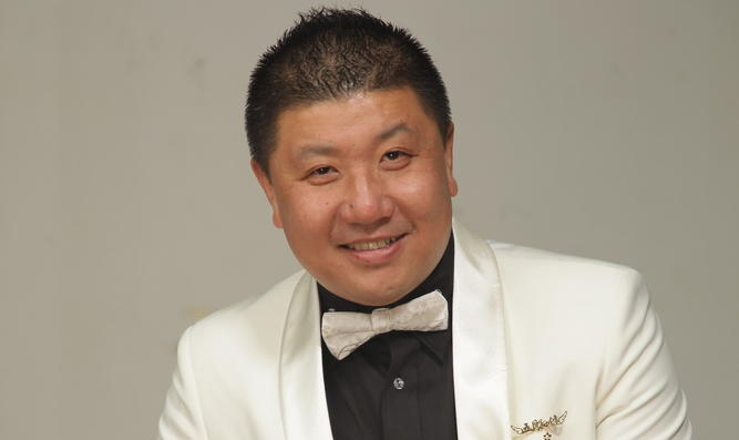 五月主持人团队创始人      孙健