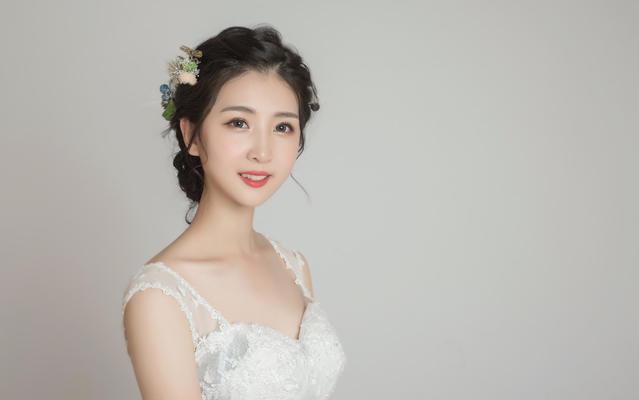 【婚礼妆造服务】高级档全天妆造服务