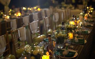 外籍婚礼西式分餐 不怕下雨的草坪星空棚