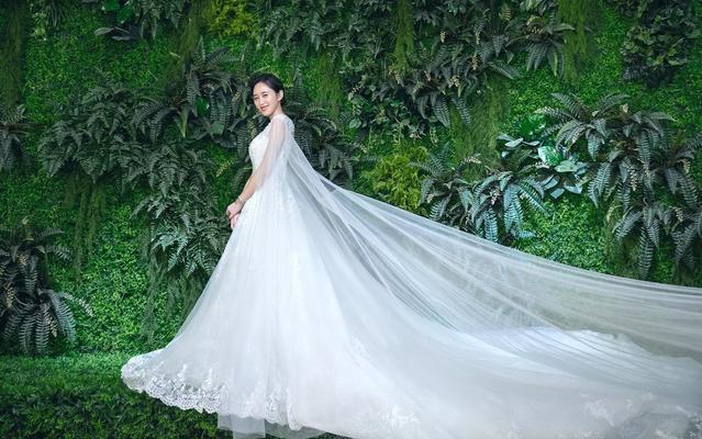 婉纱仙妮-2018高级定制款婚纱-手工制作婚纱