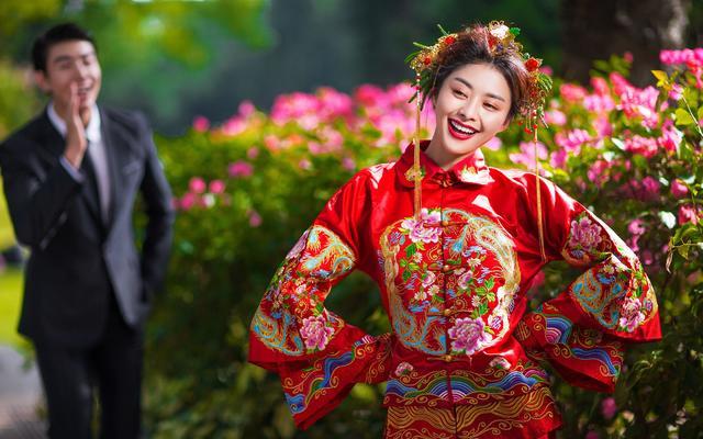 幸福时光婚纱摄影【粲然一笑】