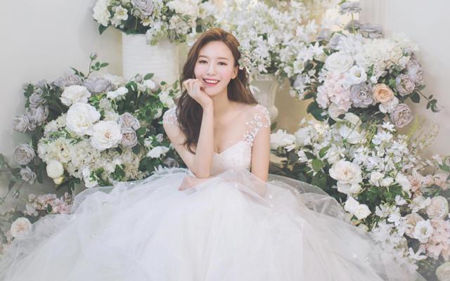 罗门婚纱为您推荐最适合你的婚纱照