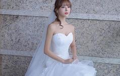 甜美优雅简约鱼尾新娘仪式纱