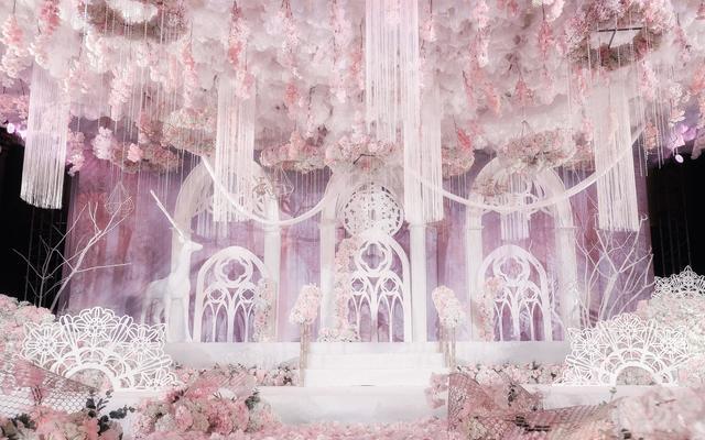 《花海幻境》—玛丽蒂姆酒店