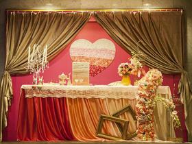 婚礼现场鲜花布置【红满堂婚典】定制婚礼