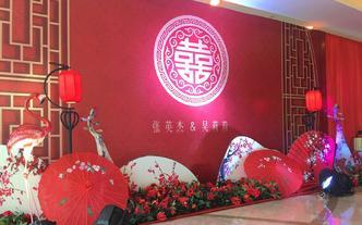 中式红妆复古婚礼布置,喜庆热闹