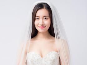 #到店就有礼哦#MGIR精美#新娘婚纱礼服套系租赁