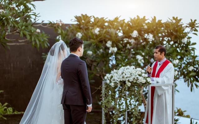 巴厘岛宝格丽水台婚礼《爱的时光》
