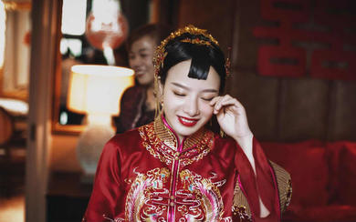 2017全新婚礼服《琉璃》系列秀禾服凤聆