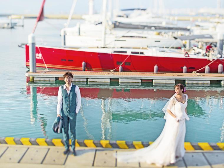 【镜花堂摄影】三亚旅拍婚纱照+重庆内景拍摄7999套餐