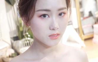 全程跟妆4造型唯美简约妆容