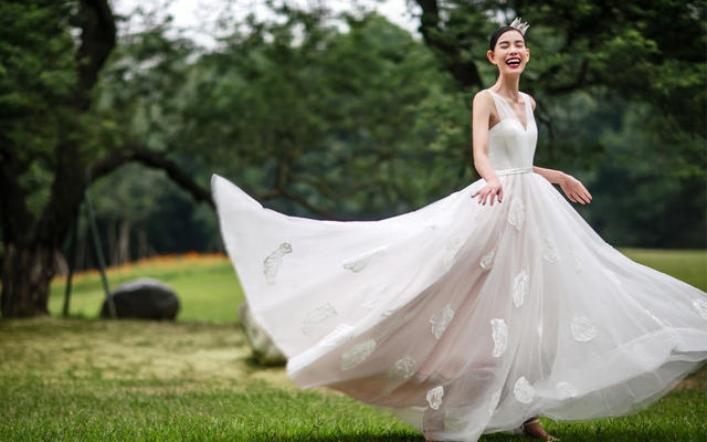 【果枝婚纱设计】轻婚纱系列/果枝,有生命力的婚纱