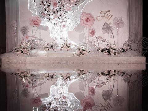 【米迪婚礼】三立开元酒店,水晶吊顶花艺效果满分