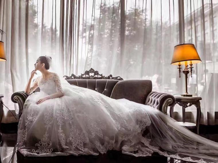 【帝安娜】臻致门纱+顶级奢华大拖尾+臻品礼服
