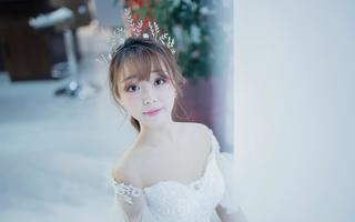 漾婚礼跟妆礼服定制