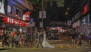 总监团队+香港旅拍+高端定制+一对一拍摄