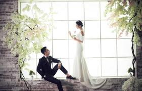 青岛拾光美摄婚纱摄影全新韩式内景基地【窗前】