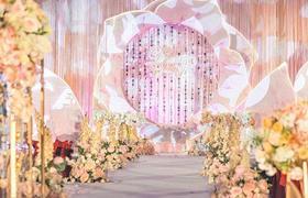 浪漫花瓣定制型主题奢华婚礼