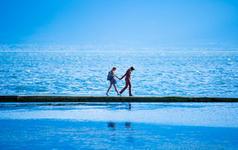酒店住宿+24小时接机+海边+沙滩+椰林+包邮寄