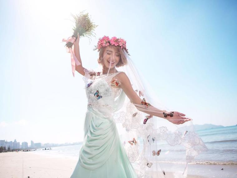 【La Reien婚纱礼服】纯美婚纱礼服