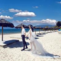 优惠价5599元 月亮湾海景沙滩+欧陆宫殿内景