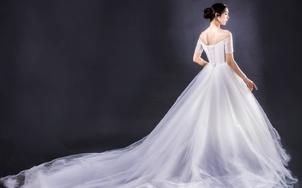【天鹅堡】7套婚纱礼服+总监档跟妆