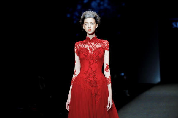 【Shenbai】经典中国红礼服