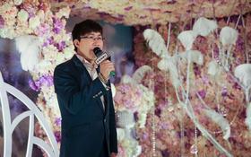 倾听韩越(纯鲜花铺满的婚礼殿堂)