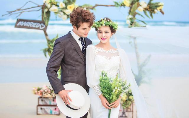 三亚-【玛莎妮娜】婚纱摄影——《听海》