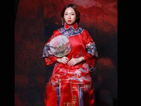 结婚中式礼服纯手工刺绣